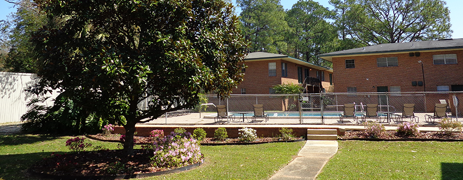 GreenBriar Garden Homes Off-Campus Student Housing in